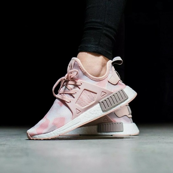 Adidas NMD XR1 Pink Duck Camo Shoes. 7.5